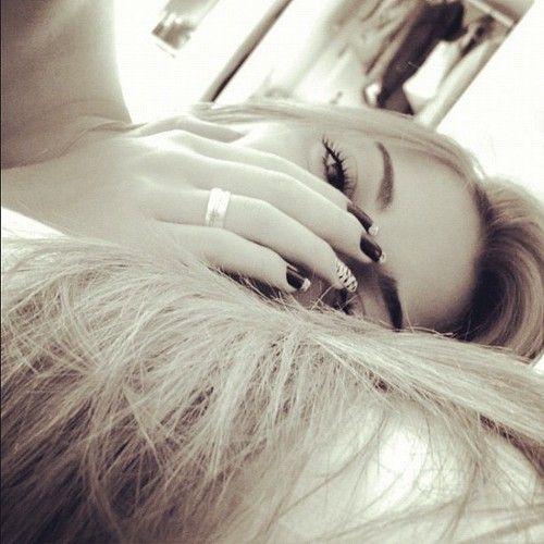 Sleeping blonde онлайн