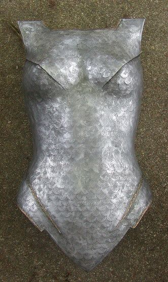 Link has Breastplate Tutorial, made by overlapping round stickers to give scale effect. Originally made for a Dark Galadriel Costume.