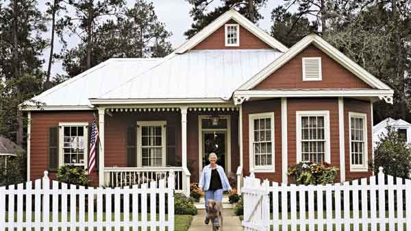 Covington cottage house plan 3 bed 2 bath 1941 sq ft for Southern living detached garage plans