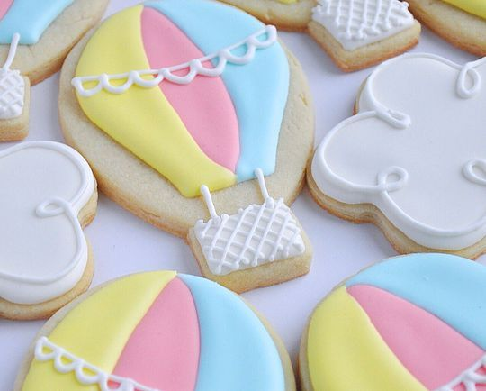 Hot air balloon sugar cookies. Little girl birthday cookies. Johanie les biscuits | Biscuits