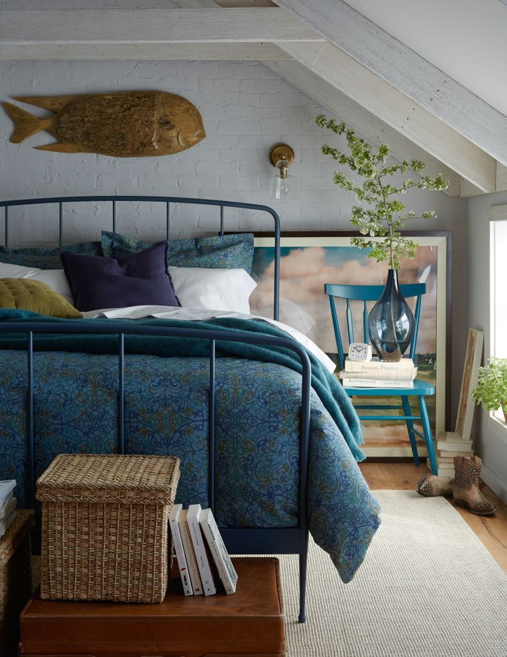Super cool room, without the fish though. Portfolio | Alice Gao Photography