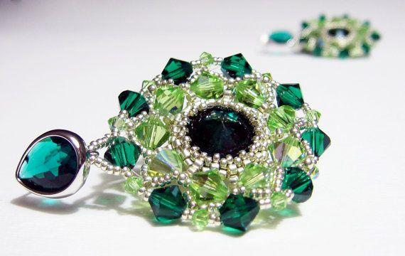 Orecchini tessuti a mano Cristallo Swarovski di jewelrysoutache, €62.00