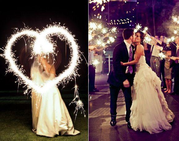 Una iluminación única para una boda de noche. ❤: Bodas Marianas, Wedding Photography, Bengala Bodas, Retail Weddings, Ideas Bodas, My Wedding, Bodas De Noch, One Weddings, Wedding Details