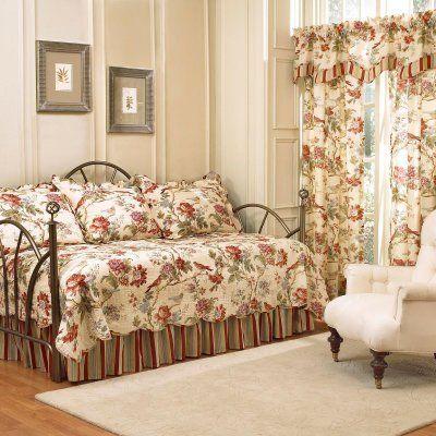 Waverly Charleston Chirp 5-Piece Daybed Quilt Set - 11396DAYBEDPPY