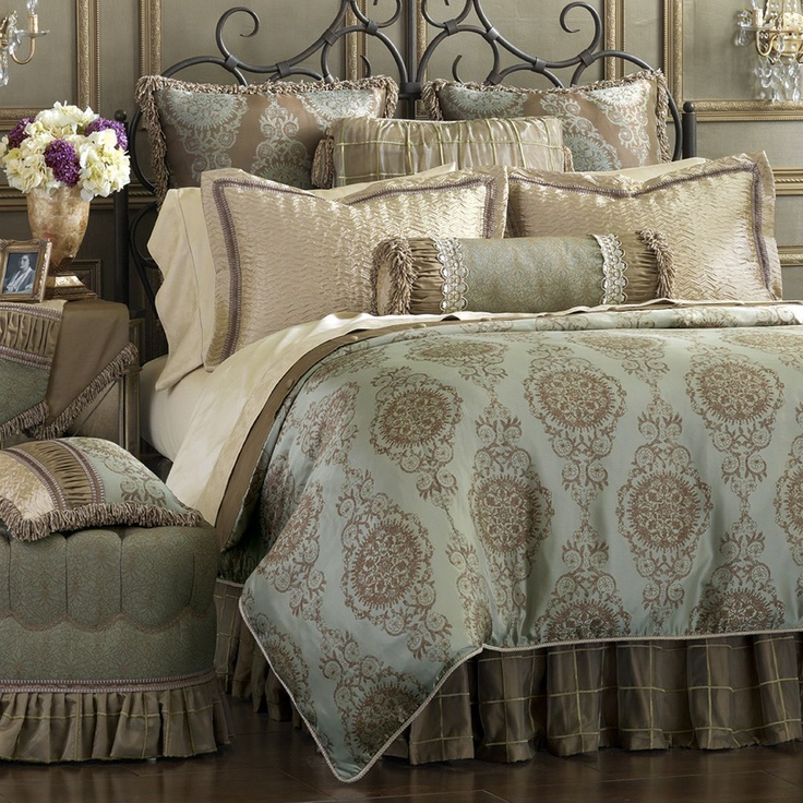 17 best images about bedspread on pinterest home. Black Bedroom Furniture Sets. Home Design Ideas