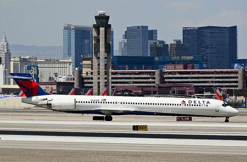 N940DN Delta Air Lines 1997 McDonnell Douglas MD-90-30 - cn 53359 / ln 2184