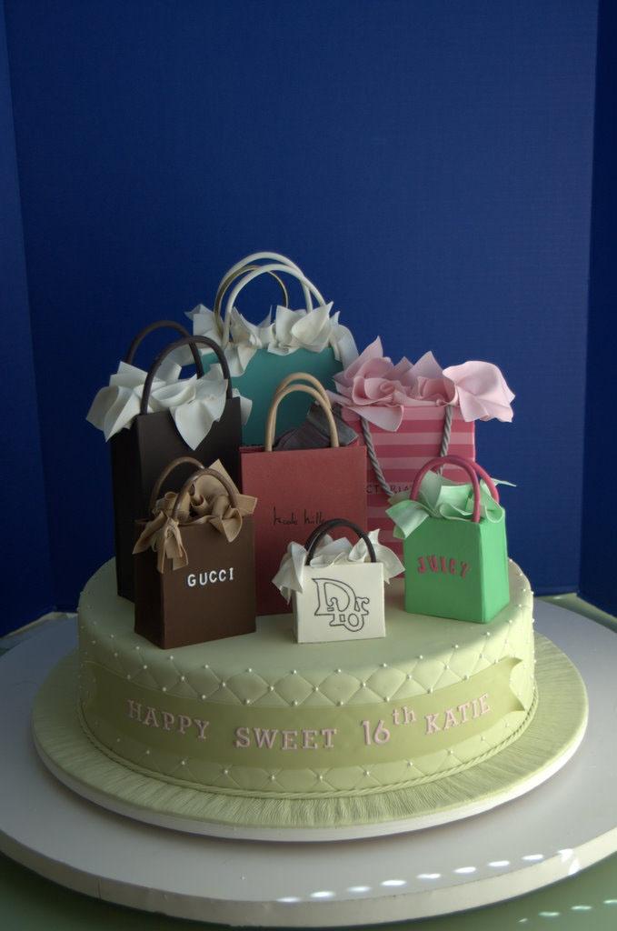 A Fashionista's Birthday Cake!