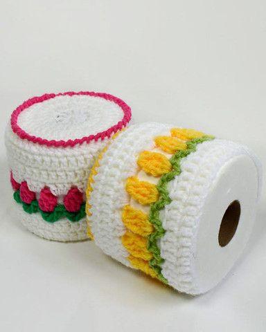 Maggie's Crochet · Free Rosebud Toilet Paper Topper Pattern