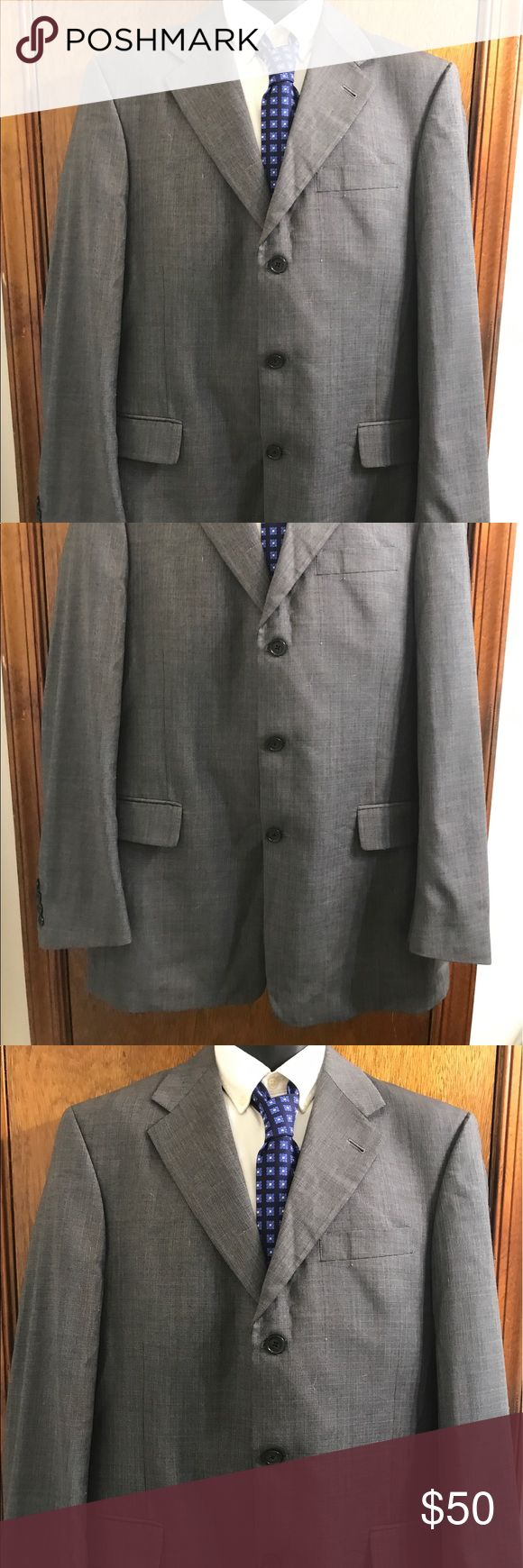 "Hart Schaffner Marx Blue Grey Blazer Size 40L Hart Schaffner Marx Men's Blue Grey 3 Button Blazer Size 40L 3 Button front 4 Button sleeves Chest 22"" across Waist 20"" across Sleeves 25.5"" Shoulders 18"" Length 33"" Vent 11"" Hart Schaffner Marx Suits & Blazers Sport Coats & Blazers"