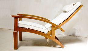 Didesain untuk kenyaman - kursi malas kayu jati sandaran bisa diatur ke 3 posisi, dilengkapi cushion dudukan dan sandaran.