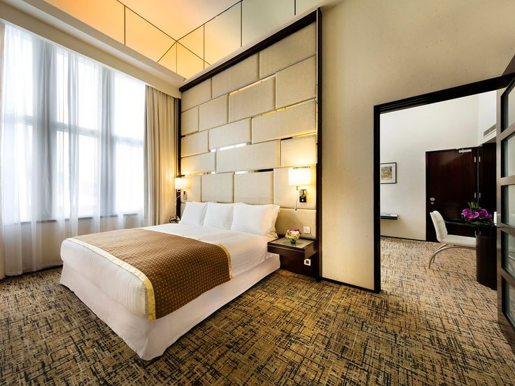 The mammoth 1,171-room-and-suite Regal Airport Hotel, connected to the Hong Kong International Airport, touts six restaurants and bars, including Rouge, where the Cantonese menu includes dishes like golden prawns with salty egg yolk and oysters fried in port wine. The OM Spa, a state-of-the-art gym, outdoor pool, and indoor heated swimming pool give a variety of lounging options, but the Executive Club floors are the best feature, where you'll be treated to breakfast and beverage service in…
