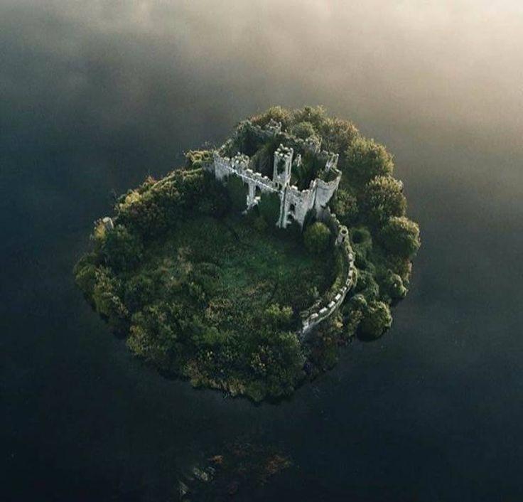 MacDermott's Castle, Lough Key, County Roscommon, Ireland