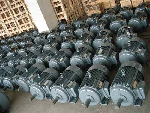 Siemens make Electrical motors are available for sale with best price deals through online Portal called steelsparrow.We are Certified suppliers and exporters of Motors on various Poles depends on your Requirement @ http://www.steelsparrow.com/electrical-motors.html