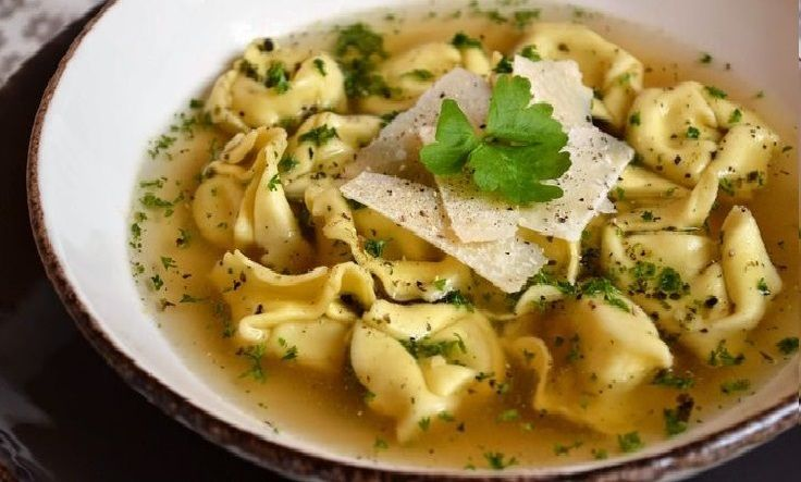 20 traditional Christmas dishes from Italy: Tortellini in Brodo (Tortellini In Broth) - EMILIA ROMAGNA