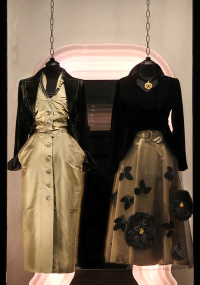 On the left wearing: 1950s sculpture dress, Armani silk velvet jacket, 1950s Mazer necklace.  Oufit on the right: 1950s full-skirt dress, Armani silk velvet jacket, 1980s necklace with flower.