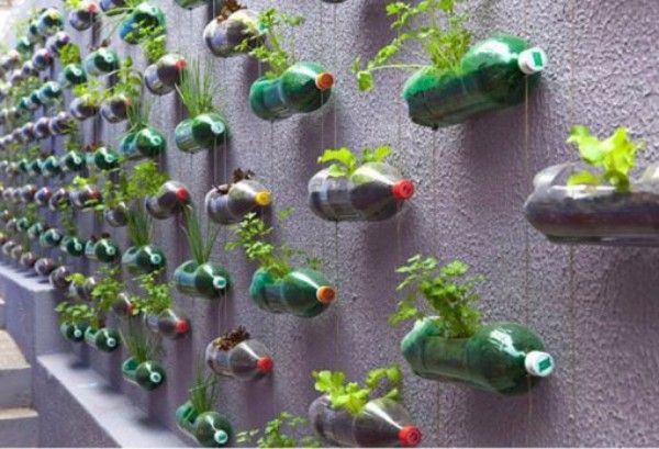 Transform Empty Backyard :  Upcycling on Pinterest  Recycling, Things to make and Garden borders