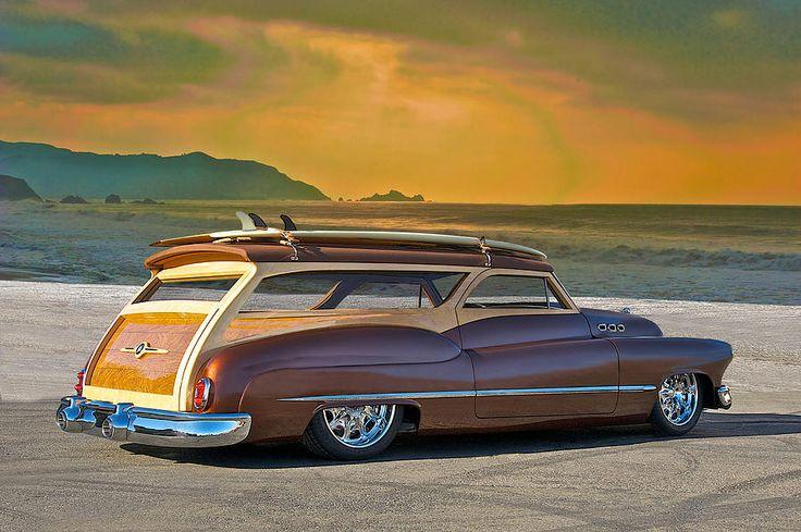 Stunning Woodie Wagon Buick just beautiful