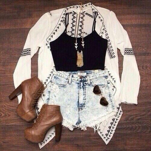 #weheartit #pretty #lace #lovely #trendy ##vintage #vintagefashion #chic #cute #classy #beautiful #amazing #swag #summer #stylish #stunning #summerfashion #hipster #hipsterfashion #gold #girly #highwaistedshorts #adorable #bohochic #vogue by foreverfashion___lover