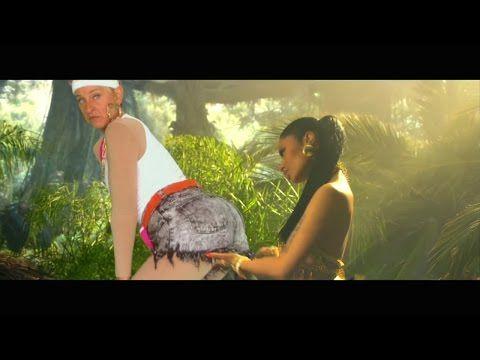 "Ellen Reenacted Nicki Minaj's ""Anaconda"" Video And It's Better Than The Original"