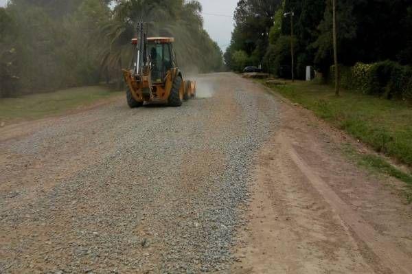 Escobar sigue adelante con las obras de estabilizado de calles en los barrios del distrito
