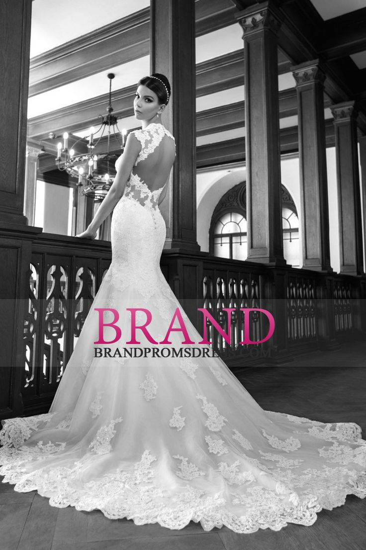 2015 Mermaid/Trumpet Wedding Dresses With Applique And Beads Open Back