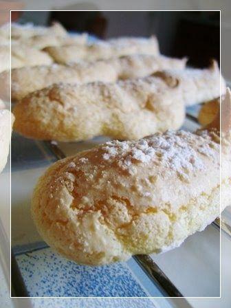 finalmente forse ho trovato una ricetta per buoni savoiardi... in realtà è la ricetta del biscuit cuillere, una preparazione di base france...