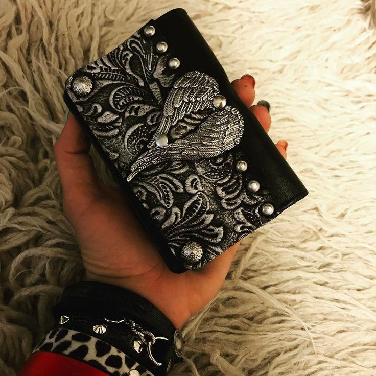 EvilEve leather wallet#evileve #evilevedesign #leather #leathercraft #handcrafted #designer #artlover #wallet