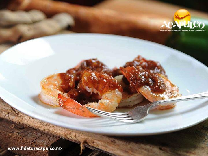 #gastronomiademexico Prueba los sabrosos camarones al tamarindo en Mariscos el Tiburón de Acapulco. GASTRONOMÍA DE MÉXICO. Los camarones son uno de los mariscos más consumidos en todo el mundo y como los de Acapulco, no hay dos, ya que son frescos y los preparan deliciosamente, sobre todo los que van al tamarindo y que podrás degustar en el restaurante Mariscos el Tiburón. Visita la página oficial de Fidetur Acapulco, para obtener mayor información.