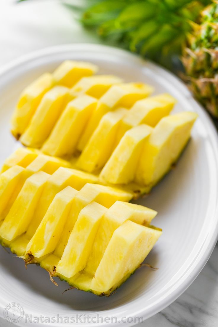 How To Cut A Pineapple: Pineapple Boats