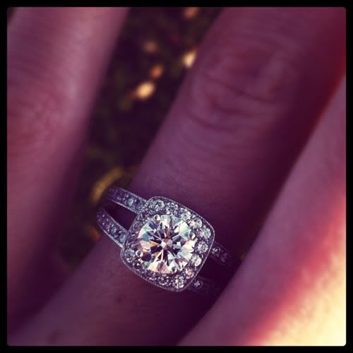 This ring is absolutely gorgeous!