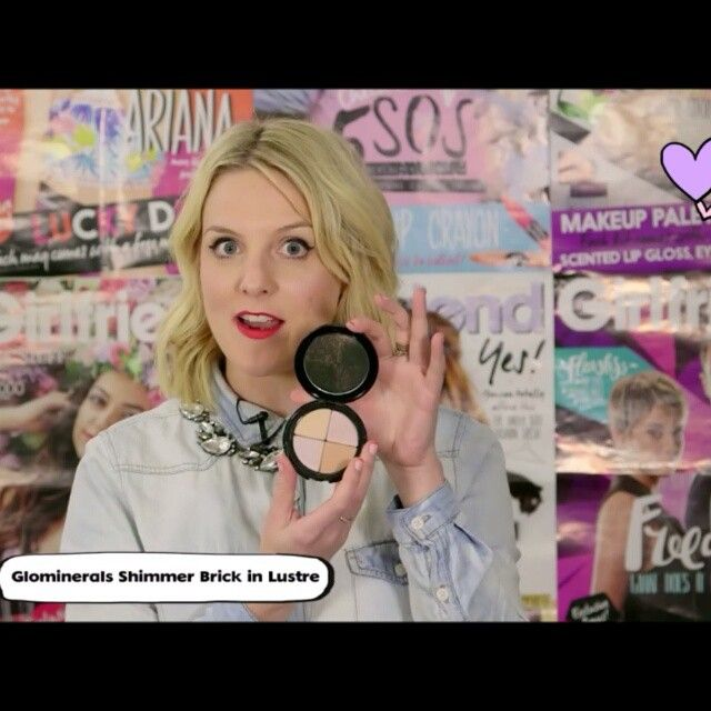 """glo minerals Luster Shimmer Brick is Girlfriend Magazine editor, Sarah Tarca's all time favorite highlighting and shimmer product. """"Im obsessed with shimmer and glo"""". Check out @tarca full video on glo minerals in the latest #gfyv video. Link in bio. @girlfriendmag #glominerals #glomineralsmakeup #gloaustralia #shimmer #highlight"""