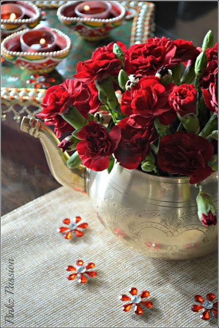 Diwali decorations, Diwali Diya, Diwali Décor, Diwali Inspiration, Diwali table settings, Diwali Tablescape, Diya Décor