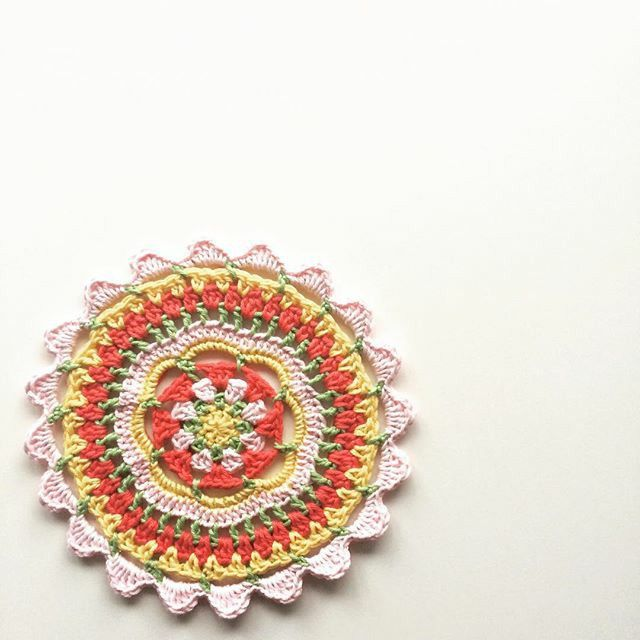 29 best Crochet, mandalas images on Pinterest   Ganchillo crochet ...