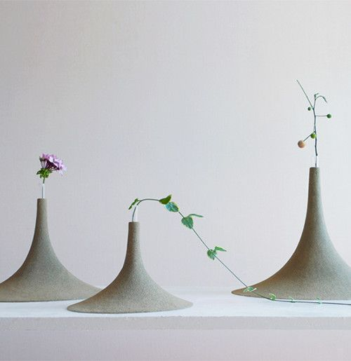 Yukihiro Kaneuchi produce Sand: one vase for one flower  I love Japanese minimalism and style!