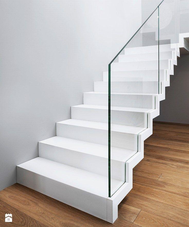 ST885 Białe schody dywanowe - zdjęcie od Trąbczyński - Schody - Styl Minimalistyczny - Trąbczyński