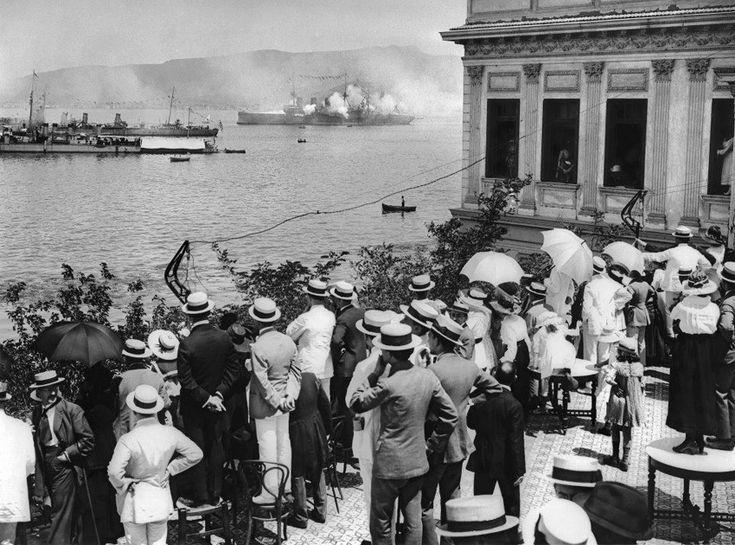 limanda 1919 gemi kutlama ateş toplarıyla Yunan işgali öncü olabilir.