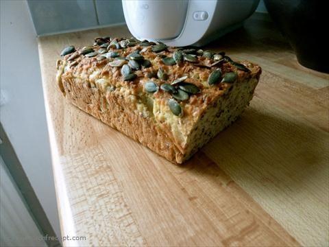 LCHF Recept: Ljust bröd med mandel- och kokosmjöl | LCHF Recept.com