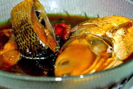 Salah satu resep masakan nusantara yang memiliki banyak sekali penggemarnya dengan rasa yang tak diragukan lagi http://resepmasakan13.blogspot.com/2015/02/resep-pindang-bandeng-khas-betawi.html