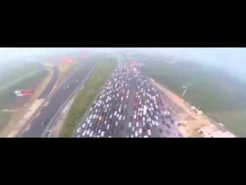 China's 50-lane traffic jam is most insane traffic jams on this planet