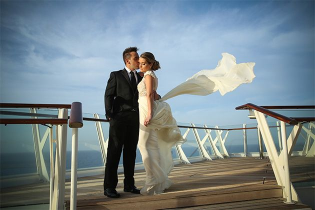 Wedding onboard a Royal Caribbean cruise ship (Photo: Royal Caribbean)