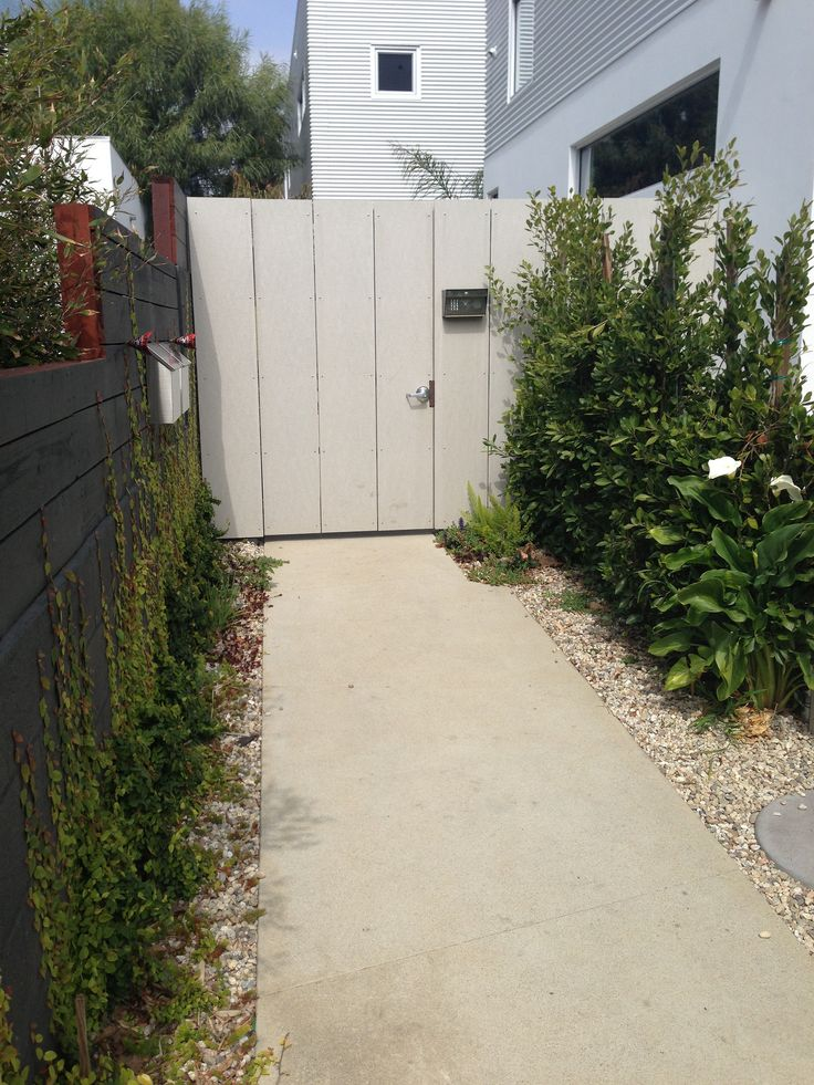 Minerit HD Fiber Cement Boards used as Fencing.