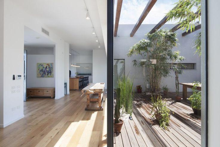 Patio House by Henkin Shavit Architecture & Design 02 - MyHouseIdea