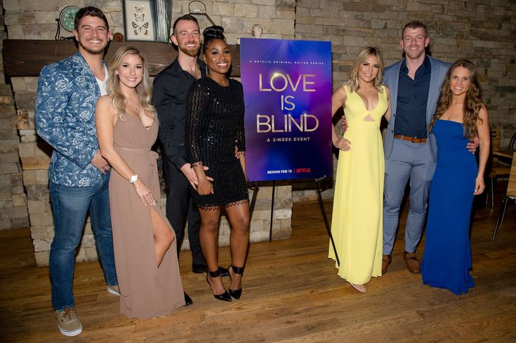 Love Is Blind S Giannina Gibelli And Damian Powers Are Back Together Celebrity Photos Netflix Netflix Originals