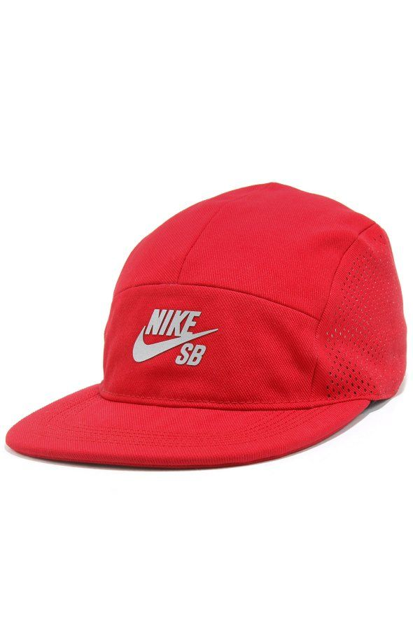 NIKE SB SB PERFORMANCE 5 PANEL, nike sb, nike performance, nike red, red, nike hat, nike cap, nike snapback, red cap, red hat, red snapback, red accessories, red performance, sb performance, snapback, hat, cap, accessories, trends, fashion, hip hop,