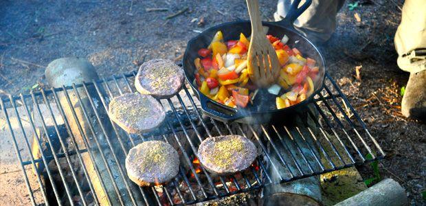 Yemek İçin Kamp Ateşi Nasıl Hazırlanır?  Yemek, Kamp Ateşi, Keyif