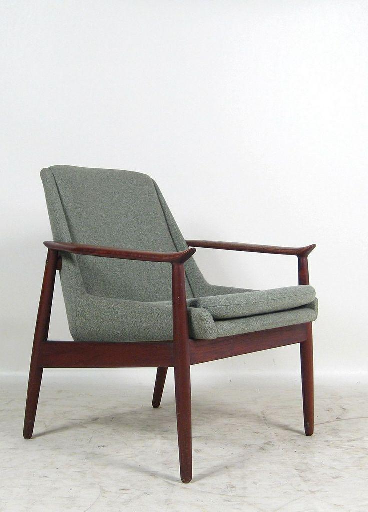 Arne Vodder; #810 Teak Armchair for Slagelse Møbelvaerk, 1950s.