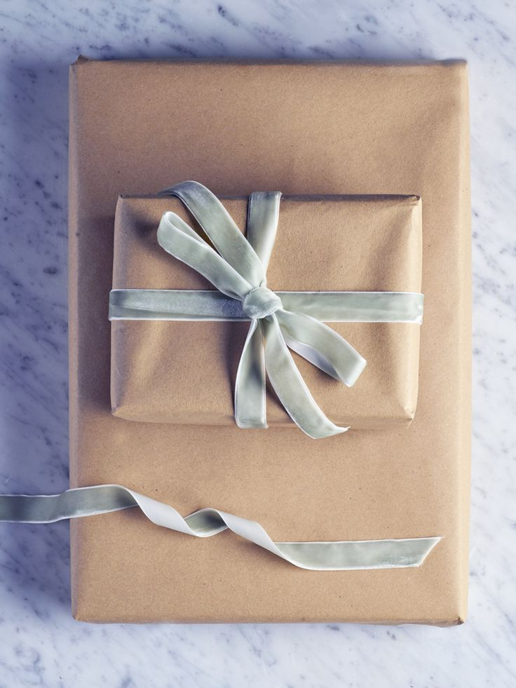 Made from sumptuous velvet in a soft sage colour, our luxurious gift ribbon will add a touch of opulence to your Christmas gifts. Also available in grey.
