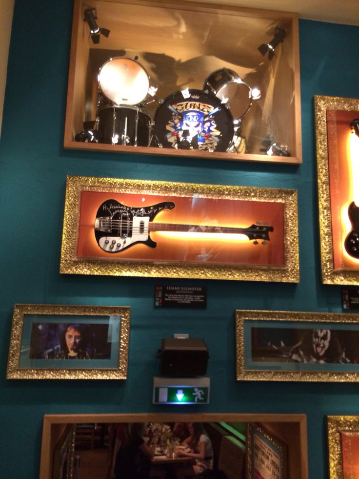 Hard rock cafe . . .#hardrock #nice