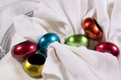 cobistyle napkin rings bring lustre to the table