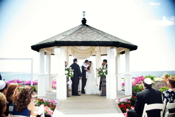 Land S End Wedding Ceremony Overlooking The Great South Bay Long Island Beautiful Venue Waterfront Views Beach Ny Real